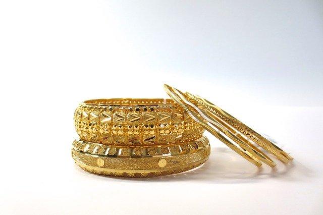 bracelet- yellow bangle